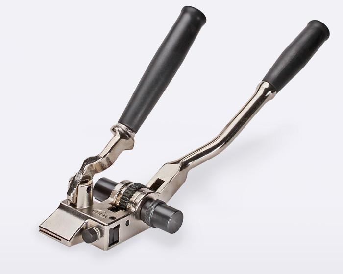 Инструмент для натяжения стальной ленты на опорах ™КВТ