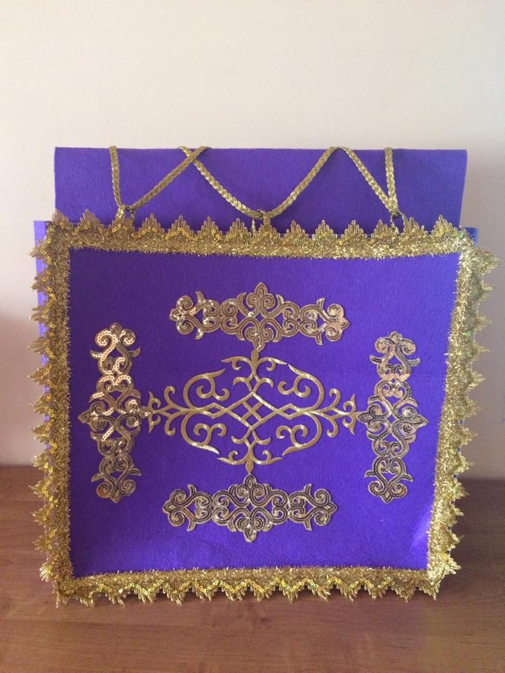 Коржын фиолетовый с национальным орнаментом