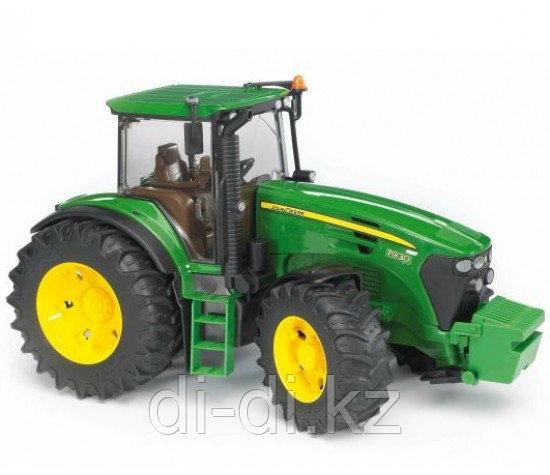 Игрушечный Трактор John Deere 7930, модель 1:16