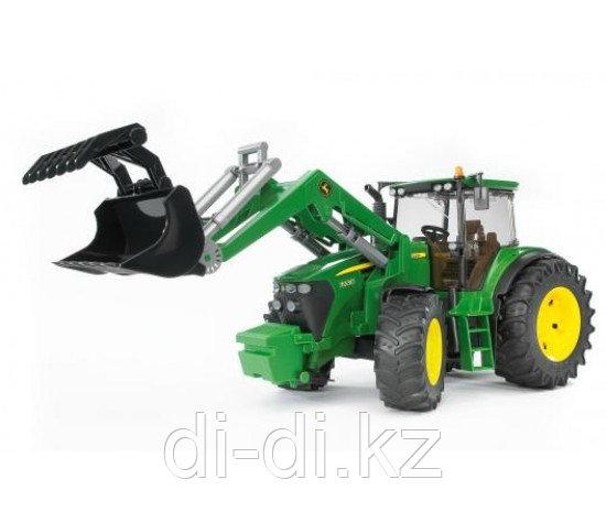 Игрушечный Трактор с погрузчиком (1:16) John Deere 7930