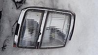 Поворотник передний правый Nissan Elgrand 1997-2000
