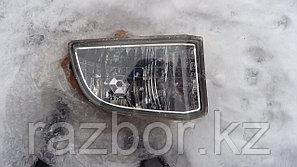 Противотуманка правая Toyota RAV4 ACA21