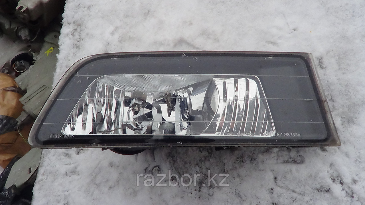 Пргортивотуманка левая Honda Accord