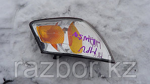 Поворотник правый Mazda MPV