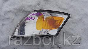 Поворотник левый Mazda MPV