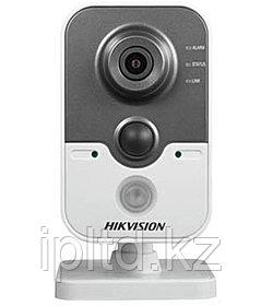 2 Мегапиксельная Кубическая IP-камера Hikvision DS-2CD2422F