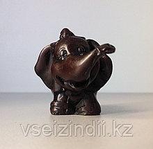 Статуэтка слоник маленький в шапочке