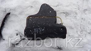 Бачок омывателя лобового стекла Mitsubishi Delica P35W