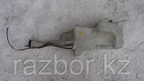 Бачок омывателя лобового стекла Toyota RAV4 (ACA21)