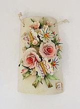 Панно из фарфора Бабочки на цветах. Ручная работа. Италия
