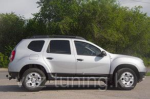 Молдинги дверей Renault Duster 2012-