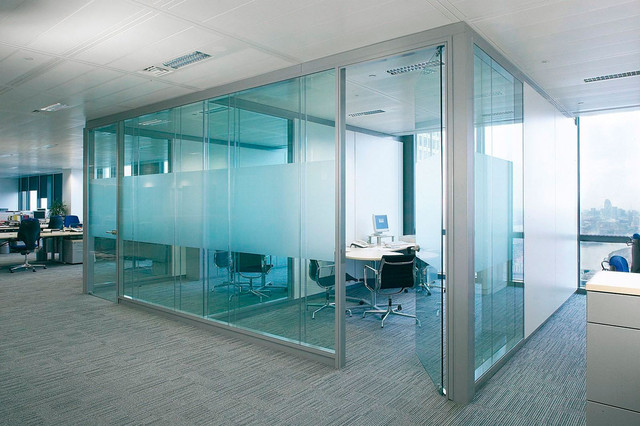 Алюминиевые перегородки, двери