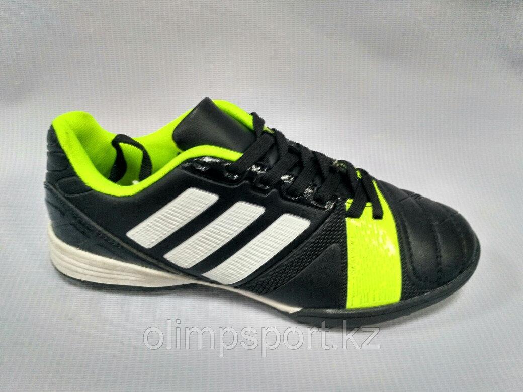 Обувь для футбола,  детские сороконожки  Adidas