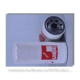 Масляный фильтр Fleetguard LF747
