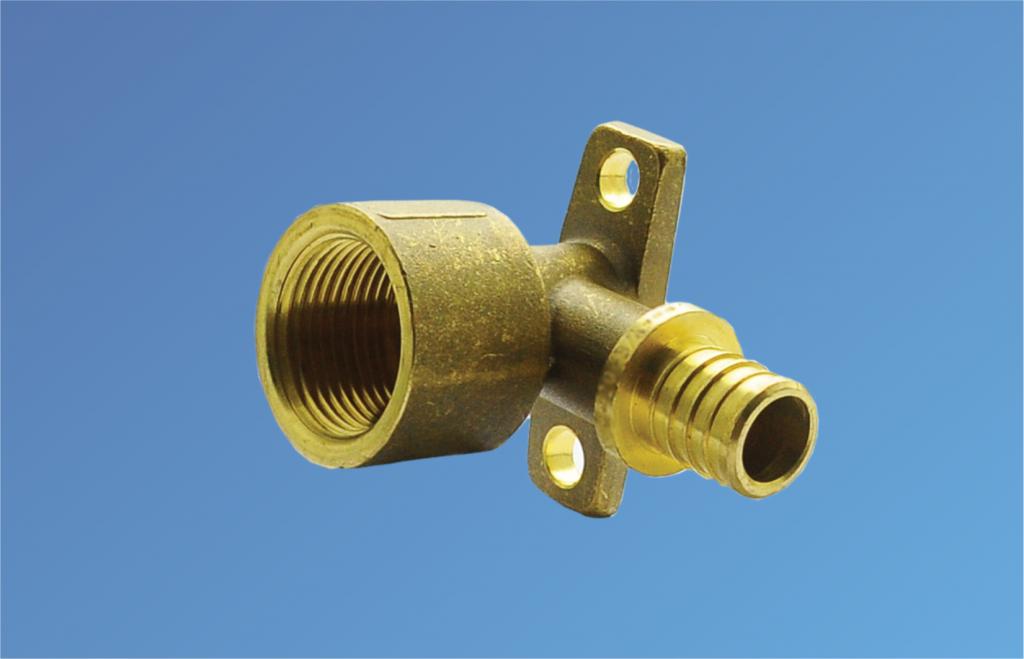 Угольник для труб PE-RT комбинированый. с крепл. ВР 16-1/2 (2,2)