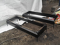 Металлические цветники на кладбище с обрамлением, фото 1