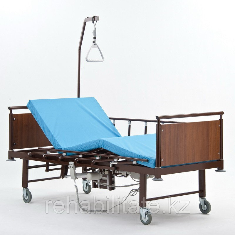 Кровать электрическая медицинская c электроприводным туалетом Гамма-3