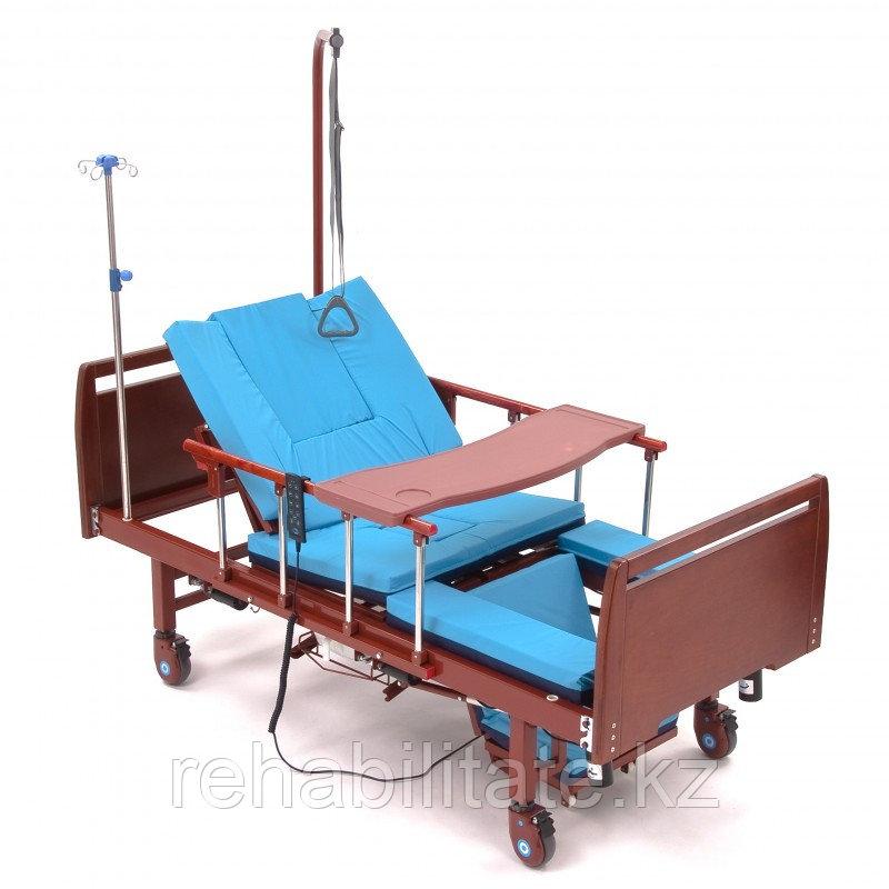 Кровать медицинская с переворотом , с электротуалетом, МЕТ REVOLUTION-ELECTRO II