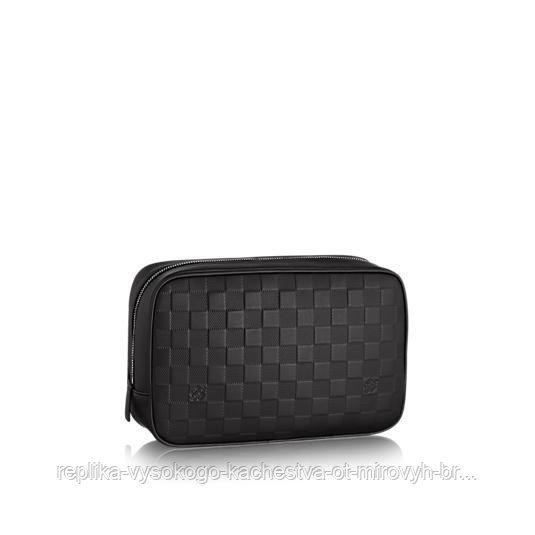 Несессер для туалетных принадлежностей Louis Vuitton