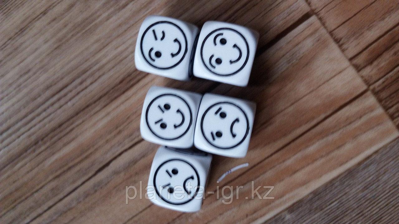 Кубик D6 смайлик пластик