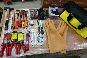 Набор инструментов электрика универсальный НИЭУ до 1000В 30 предметов