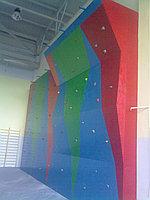 Скалодром (альпинисткая стенка)