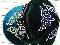 Тюбетейка с казахским орнаментом