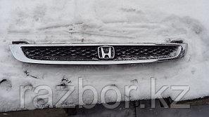 Решётка радиатора Honda Logo
