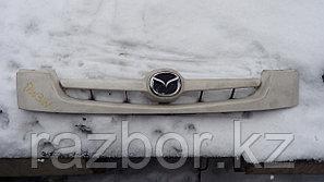 Решётка радиатора Mazda Demio