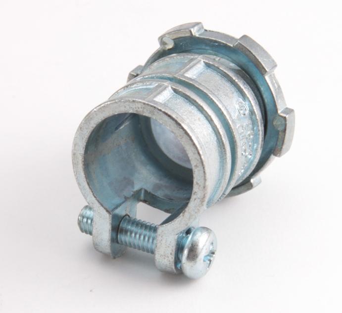 Муфты вводные для металлорукава и трубы с крепежным хомутом ВТ(Х) ™Fortisflex