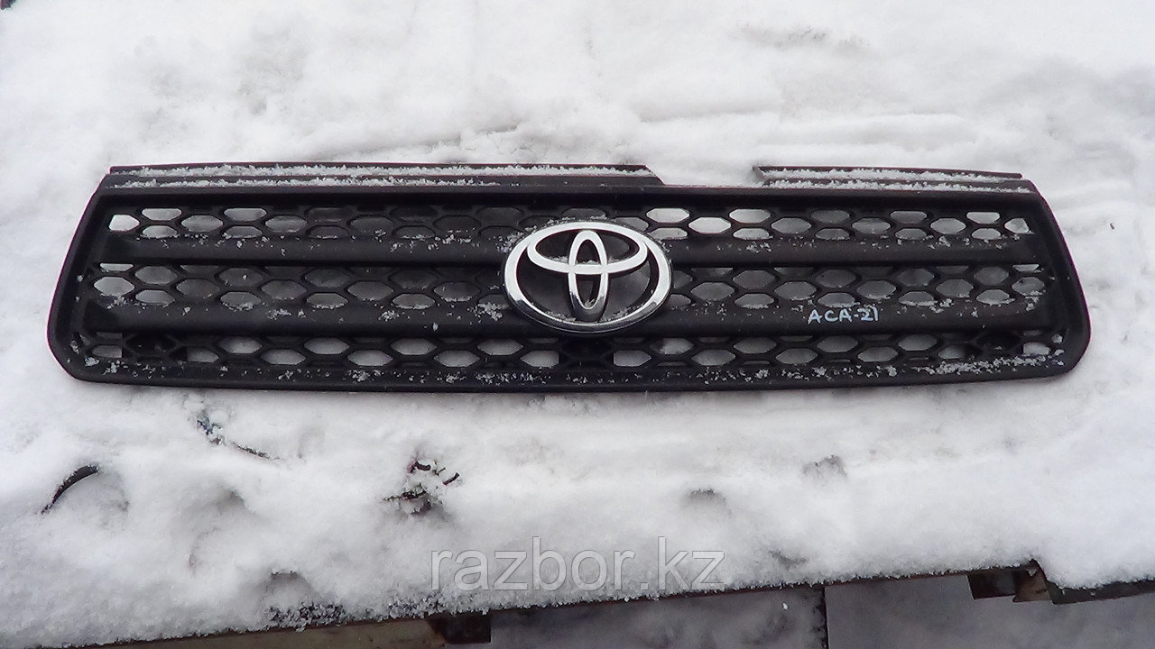 Решётка радиатора Toyota RAV4 (ACA21)