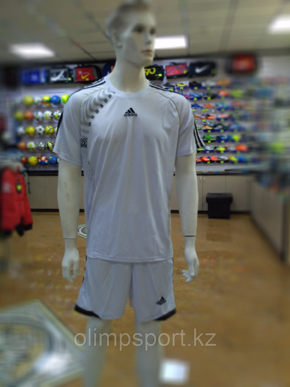Футбольная форма Adidas 915, белая
