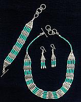 Комплект бижутерии с бирюзой (колье, серьги и браслет)