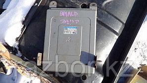 Блок управления двигателем Mazda Familia/323 / №Z506-18-881A