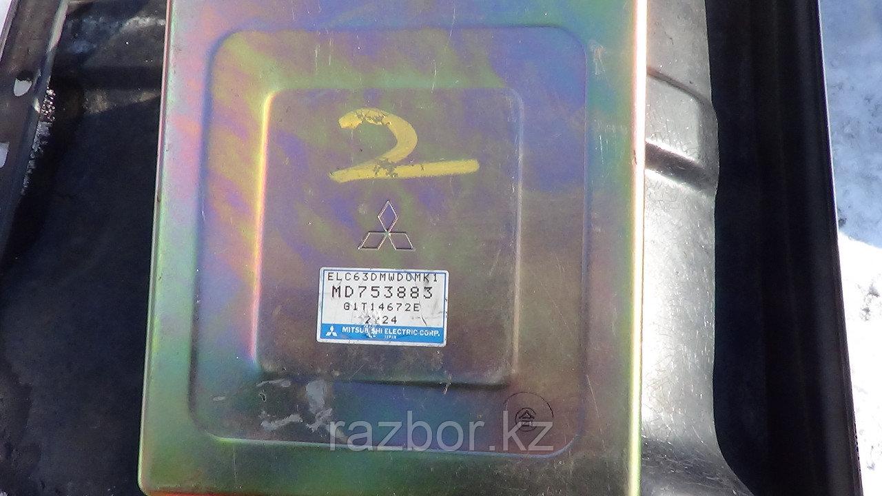 Блок управления двигателем Mitsubishi RVR / №MD753883