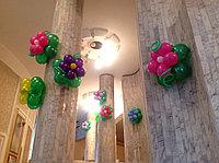 Настенные цветочки из шаров, фото 1