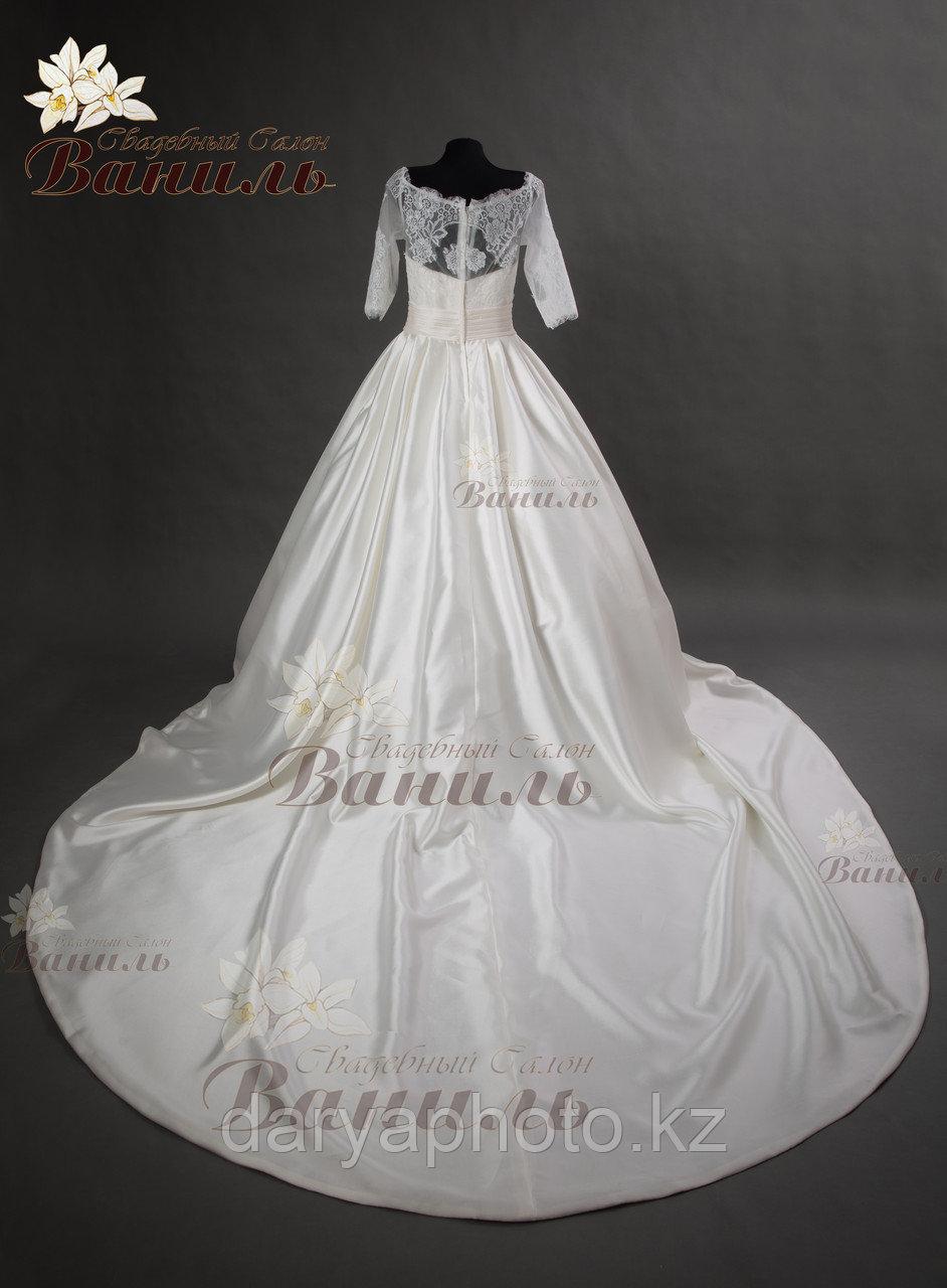 Свадебное платье - атласный шлейф - фото 3