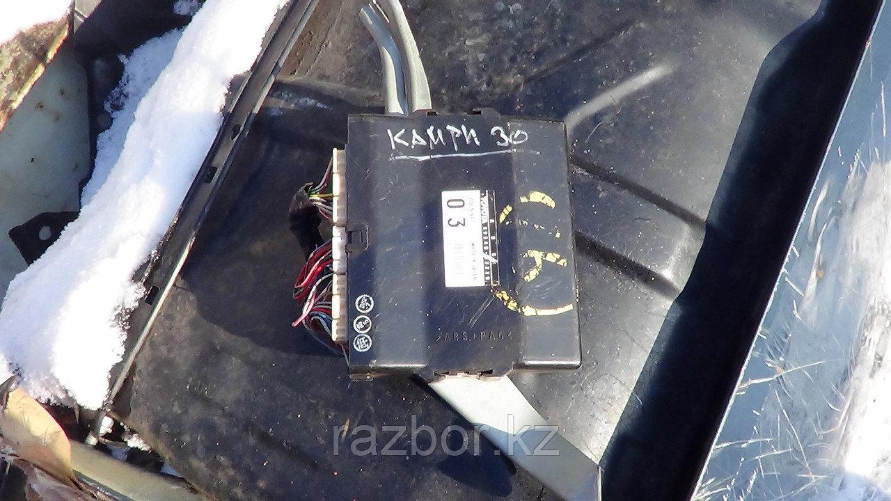 Блок управления двигателем ABS Toyota Camry 2001-2006 / №89540-33330