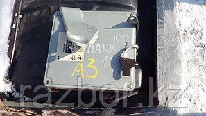 Блок управления двигателем Toyota Mark II (100) / №89661-22740