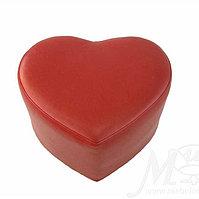 Пуфик кожаный, в дизайне сердца размер 40*40