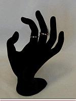 Подставка-рука, черный бархат