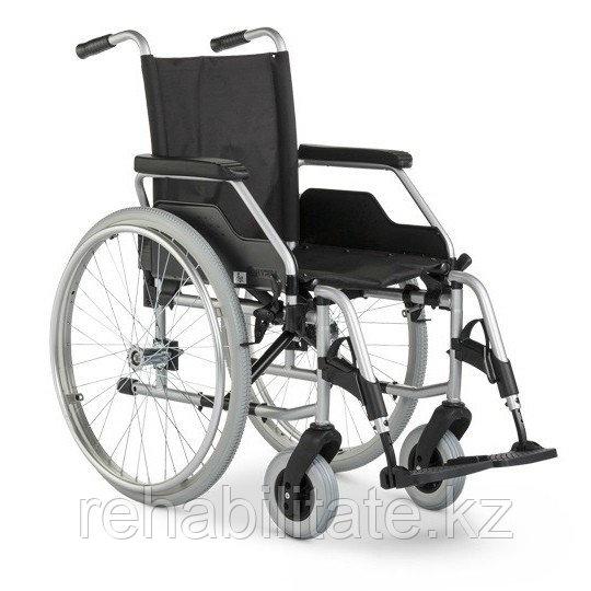 Кресло-коляска механическое, ширина сиденья 42 см MEYRA 9.050 Budget (Германия)