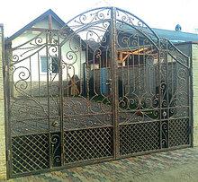 Ворота подъемные секционные