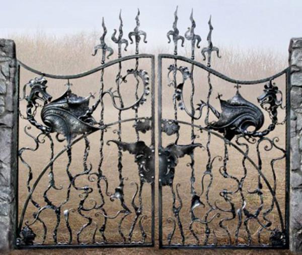 Железные ворота и заборы