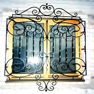 Решетки на окна на первый этаж