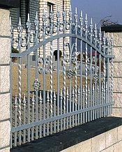Металлический забор ковка