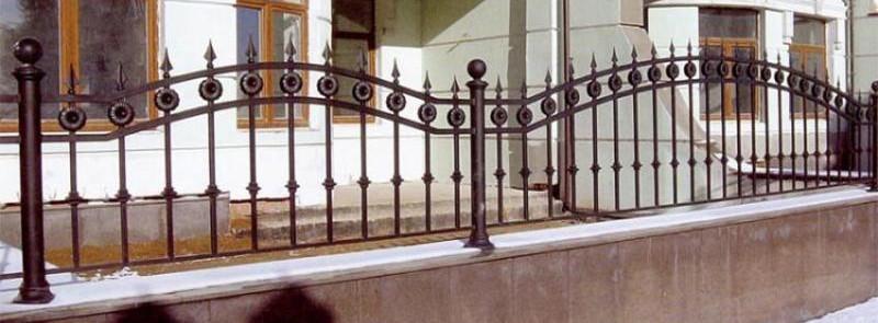 Металлические кованые заборы