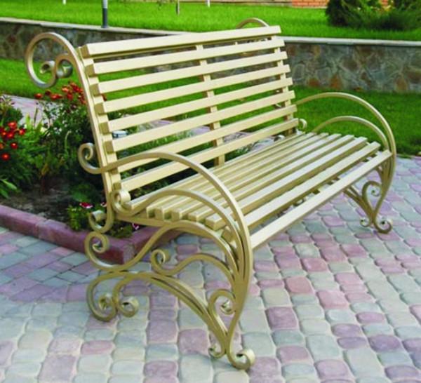 Скамейка металлическая с деревом