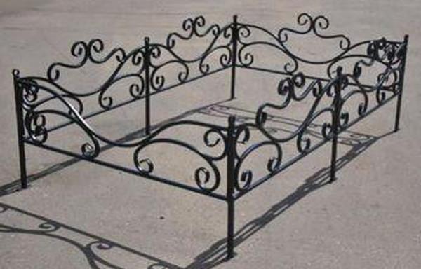 Изготовление оградок на могилу