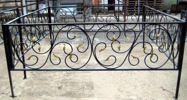 Кованная оградка